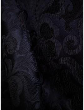 Brocado negro floral