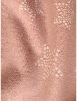 Franela rosa con estrellas blancas