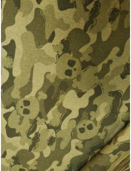 Tela de algodóncalaveras fondo camuflaje