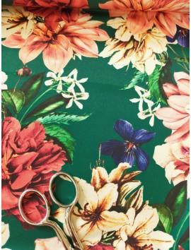 Tela satén floral fondo verde