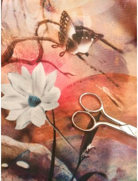 Viscosa estampado flores blancas