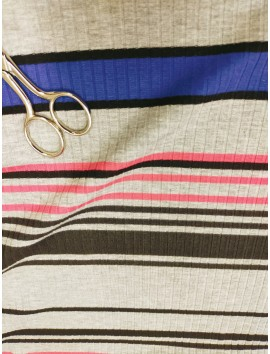 Punto de canalé gris gris rayas azul y rosa